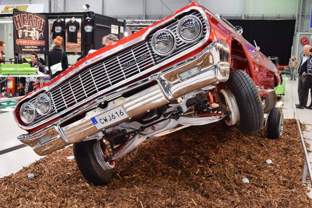 Autot ja viihde 2015
