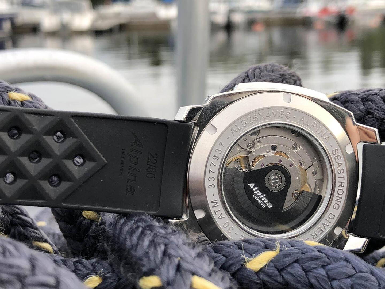 Alpina Seastrong Diver 300 Automatic -sukeltajankello