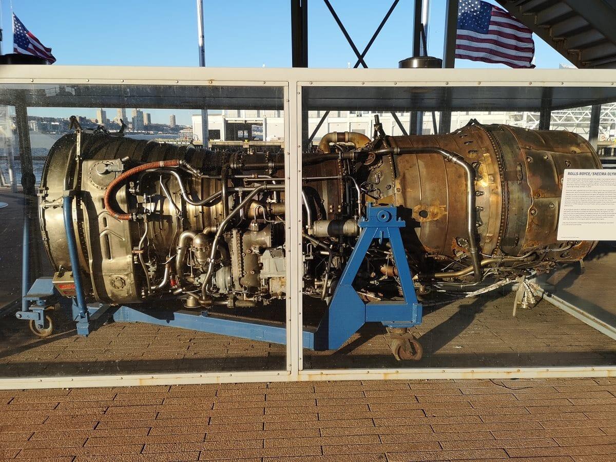 Jokamies-Concorde-Rolls-Royce-moottor