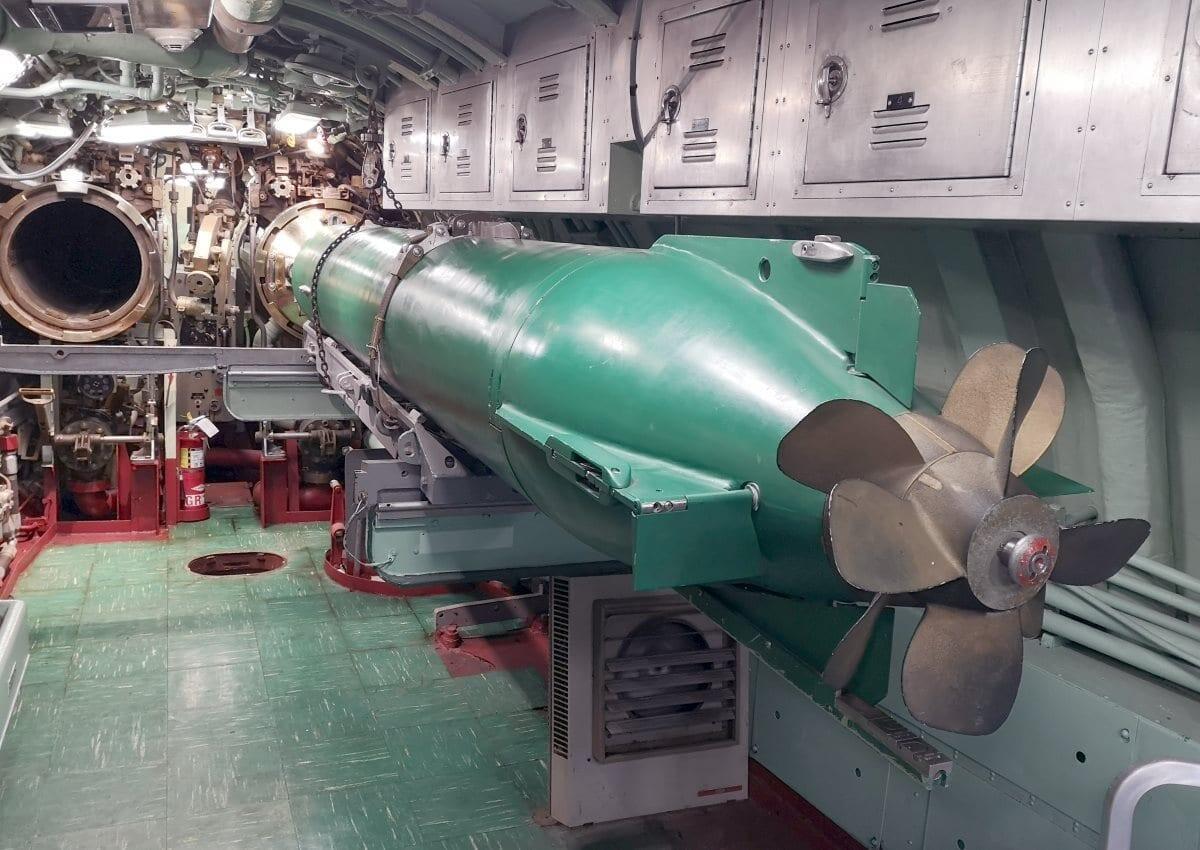 Jokamies-USS-Growler-torpedo