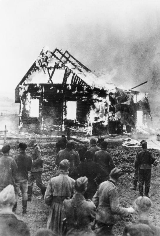 Litauen, brennende Synagoge