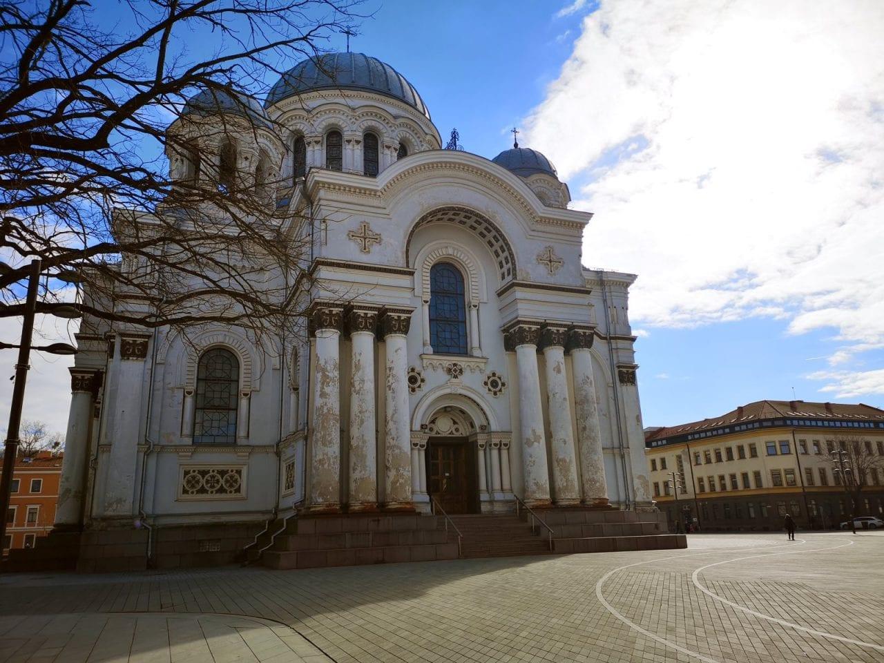 Jokamies-Kaunas-Arkkienkeli-Mikaelin-Kirkko