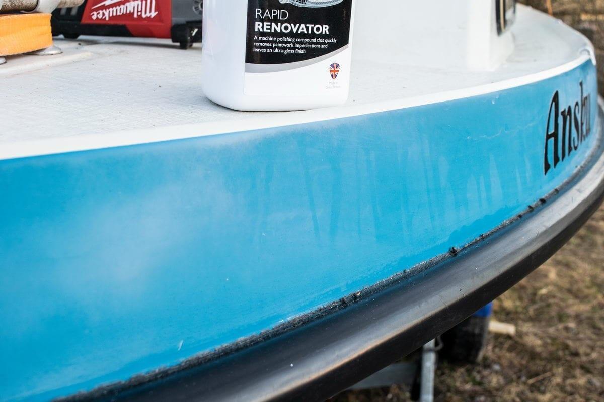 Bella 660 Autoglym Rapid Renovator -käsittelyssä