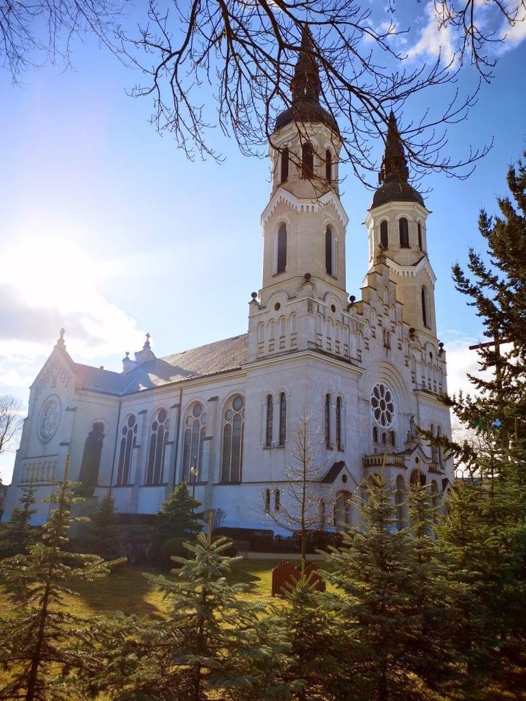 Jokamies-Itäblokki-Augustow-kirkko