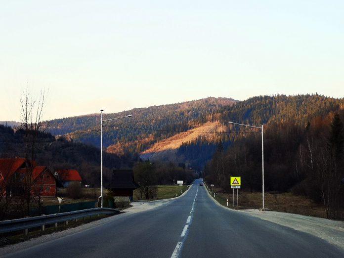 Jokamies-Itäblokki-Teslalla-Tatra-Laskeutuminen