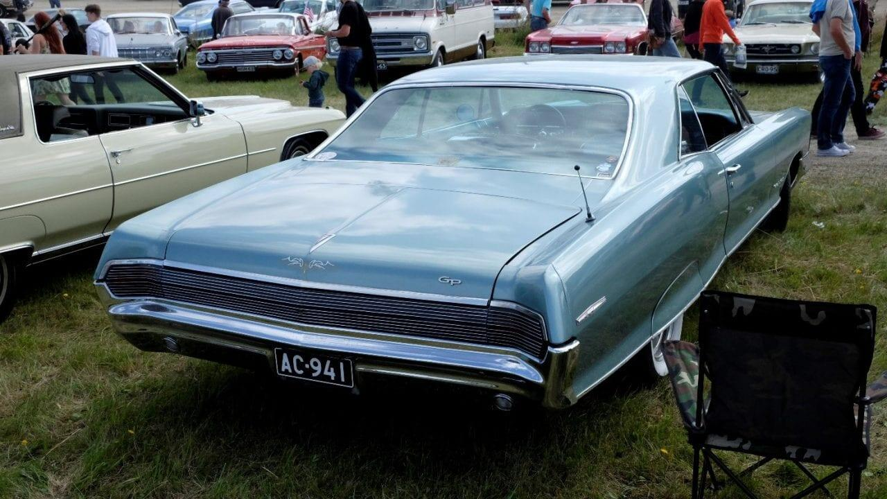 Pontiac Grand Prix 2D HT 1965 2