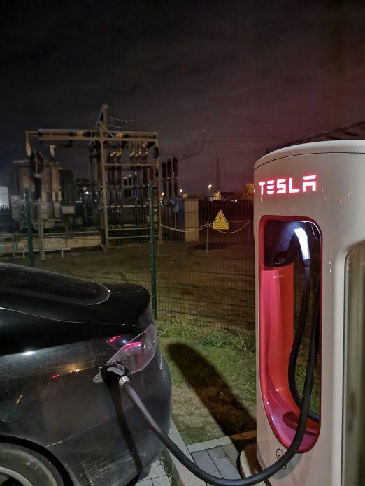 Jokamies - Teslalla Madridiin #11 - Erfstadt Supercharger