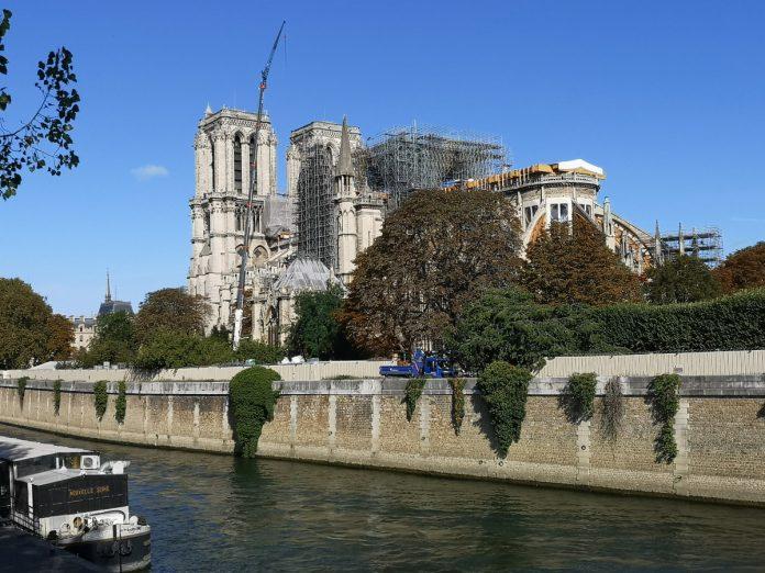 Jokamies - Teslalla Madridiin #11 - Notre Dame
