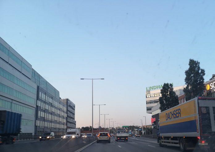 Jokamies - Teslalla Madridiin #2 - Tukholma