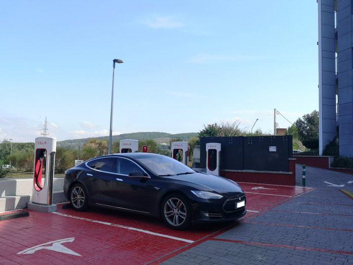 Jokamies - Teslalla Madridiin #8 - Girona Supercharger